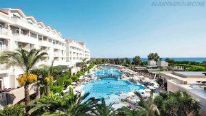 Antalya hotel pool
