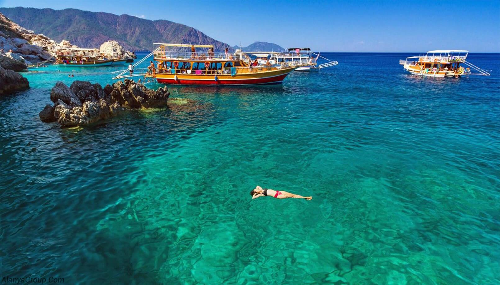 Antalya boat tour bleu
